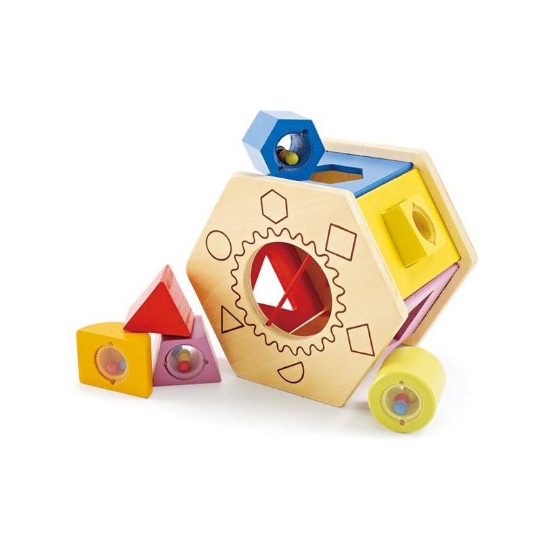 Сортер ЛототронСортер Лототронмарки Hape.<br>Подарите малышу разноцветный сортер с геометрическими фигурами, которые малыш сможет вынимать и изучать. Игрушка производится из экологически чистого дерева, которое безопасно для деток и не вызывает аллергии.Играя с сортером,малыши разовьют моторику, логическое мышление, внимательность и координацию движений. Также ребенок познакомится с различными цветами, и научится их различать.<br>Размеры игрушки:17 х 15.2 х 12.7 см<br><br>Возраст от: 12 месяцев<br>Пол: Не указан<br>Артикул: 629549<br>Бренд: Китай<br>Страна производитель: Швейцария<br>Размер: от 12 месяцев до 3 лет