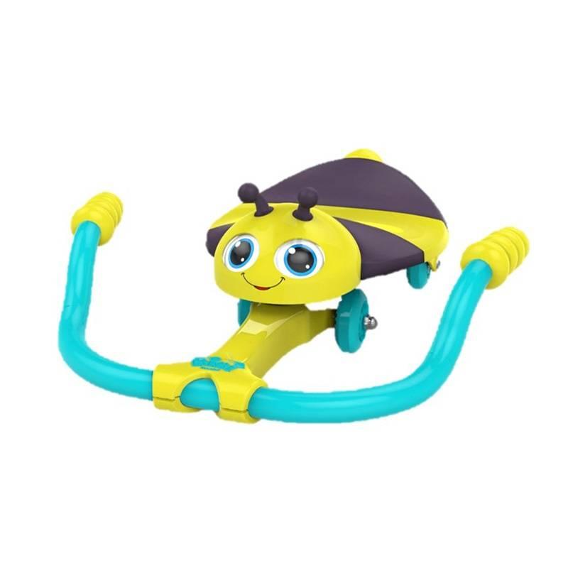 Каталка Твисти Лил БаззКаталка Твисти Лил Базз марки Razor.<br>Детская каталка Razor Twisti Lil Buzz (Твисти Лил Базз) с механическим управлением от компании Razor поможет вашему малышу весело провести время.<br>Ребенку нужно повернуть руль и каталка придет в движение. Глаза жучка двигаются вместе с поворотом руля.Игрушка помогает развивать координацию и вестибулярный аппарат.Игрушка выполнена из нетоксичных материалов высокого качества.<br>Максимальный вес для каталки: 25 кг.<br><br>Возраст от: 18 месяцев<br>Пол: Не указан<br>Артикул: 630585<br>Бренд: США<br>Размер: от 18 месяцев