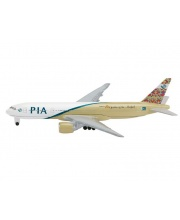 Самолет PIA B777-200 1:600