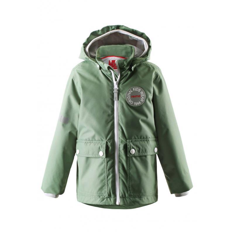 КурткаКуртка зеленогоцвета марки REIMA для мальчиков.<br>Курткавыполнена из водоотталкивающего и ветронепроницаемого материала с грязеотталкивающими свойствами.Куртка со съемной утепленной жилеткой выполнена в насыщенномцвете, имеет съемный капюшон на кнопках, спереди дополнена накладными карманами. Манжеты на резинках обеспечивают плотное прилегание и защищают от ветра, также защитная резинка имеется на капюшоне. Светоотражающие детали на куртке обеспечивают безопасность в темное время суток.<br><br>Размер: 9 лет<br>Цвет: Зеленый<br>Рост: 134<br>Пол: Для мальчика<br>Артикул: 639965<br>Страна производитель: Китай<br>Сезон: Весна/Лето<br>Коллекция: 2016<br>Состав: 100% Полиэстер<br>Состав подкладки: 100% Полиэстер<br>Бренд: Финляндия<br>Вид застежки: Молния<br>Наполнитель: 100% Полиэстер<br>Покрытие: Полиуретан<br>Температура: до -10°<br>Тип: Демисезон<br>Серия: Reima