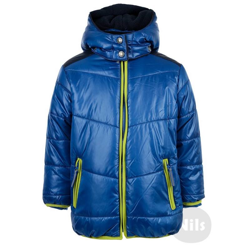 КурткаСиняя куртка марки BLUE SEVEN для мальчиков. Куртка со съемным капюшоном и двумя карманами на молнии дополнена мягкой флисовой подкладкой. Низ, манжеты и молния окантованы эластичной тесьмой салатового цвета. На рукавах внутренние трикотажные манжеты. Есть светоотражающие элементы.<br><br>Размер: 8 лет<br>Цвет: Синий<br>Рост: 128<br>Пол: Для мальчика<br>Артикул: 604196<br>Бренд: Германия<br>Страна производитель: Китай<br>Сезон: Всесезонный<br>Состав: 100% Полиэстер<br>Состав подкладки: 100% Полиэстер<br>Наполнитель: 100% Полиэстер