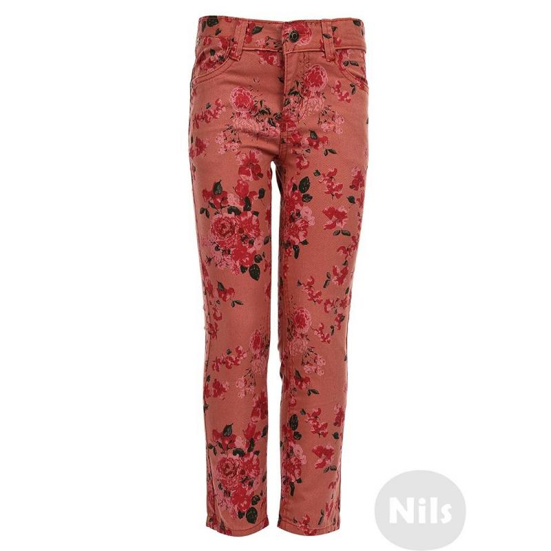 ДжинсыРозовые джинсы с принтом марки BLUE SEVEN для девочек. Джинсы с пятью карманами украшены принтом с розами, застегиваются на молнию и брючную застежку-крючок. Регулируемый специальными пуговицами пояс обеспечивает отличную посадку.<br><br>Размер: 2 года<br>Цвет: Розовый<br>Рост: 92<br>Пол: Для девочки<br>Артикул: 604361<br>Страна производитель: Бангладеш<br>Сезон: Всесезонный<br>Состав: 100% Хлопок<br>Бренд: Германия