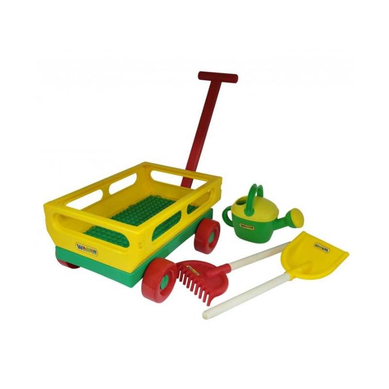 Набор для песочницы №482Набор для песочницы№482марки Полесье. Игровой набор включает в себя все необходимые аксессуары для игр на свежем воздухе с песком. Все элементы изготовлены из прочного пластика, поэтому их легко мыть каждый раз после игры. Пластик позволяет держать игрушки в чистоте. В наборе представлена лопатка, с помощью которой песок можно насыпать в кузов. Тележка оснащена 4 колесами и удобной ручкой. Все элементы компактно складываются в тележке.<br>Комплектация:тележка, лопатка, грабельки, лейка.<br><br>Возраст от: 2 года<br>Пол: Не указан<br>Артикул: 635107<br>Бренд: Белоруссия<br>Размер: от 2 лет