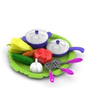 Набор овощей и кухонной посуды Волшебная Хозяюшка12 предметов на подносе Нордпласт