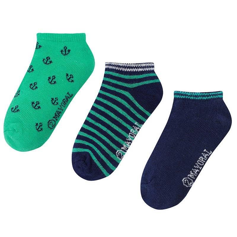 Комплект носковКомплект носков зеленогоцвета марки Mayoralдля мальчиков.<br>В комплект входит три пары хлопковых носков. Носочки выполнены в зелено-синих тонах и декорированы узорами в морском стиле.<br><br>Размер: 4 года<br>Цвет: Зеленый<br>Рост: 104<br>Пол: Для мальчика<br>Артикул: 641707<br>Страна производитель: Китай<br>Сезон: Всесезонный<br>Состав: 72% Хлопок, 25% Полиамид, 3% Эластан<br>Бренд: Испания