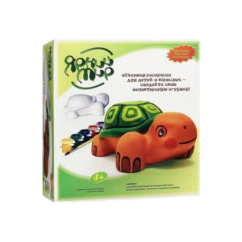 Объемная раскраска ЧерепахаОбъемная раскраска Черепаха марки Яркий мир.<br>Объемная раскраска – это новый и необычный способ развить творческие способности ребенка. Малышу понравится раскрашивать гипсовую фигурку симпатичной черепашки, ведь при этом совсем не обязательно следовать примеру – можно создать свою собственную игрушку в любых цветах. Расцветка фигурки зависит только от его фантазии.  К тому же, раскрашивая ее, ребенок будет учиться работать с разными формами и цветами, развивать цветовое восприятие и воображение.Размер игрушки – 14 см x 6 см x 10 см.<br><br>Возраст от: 5 лет<br>Пол: Не указан<br>Артикул: 633838<br>Страна производитель: Россия<br>Бренд: Россия<br>Размер: от 5 лет