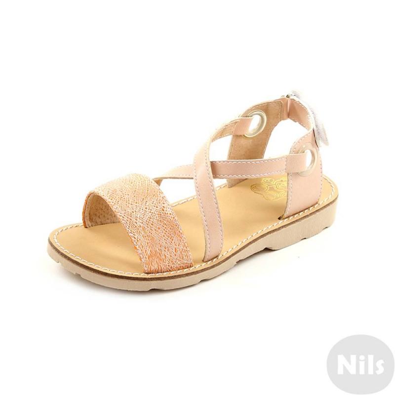 СандалетыСандалеты персиковогоцвета марки Топ-Топдлядевочек.<br>Стильные сандалеты на липучке выполнены в нежном пастельном цвете и выгодно подчеркнуты оранжевой вставкой.Подошва из ТЭП легкая и упругая,такжеимеет высокую стойкость к истиранию, такая обувь прослужит долго. Стелька из натуральной кожи позволяет ножкам дышать и отличается исключительной мягкостью.<br><br>Размер: 30<br>Цвет: Персиковый<br>Пол: Для девочки<br>Артикул: 641854<br>Бренд: Россия<br>Страна производитель: Россия<br>Сезон: Весна/Лето<br>Материал верха: Искусственная кожа<br>Материал стельки: Натуральная кожа<br>Материал подошвы: ТЭП (термопластик)
