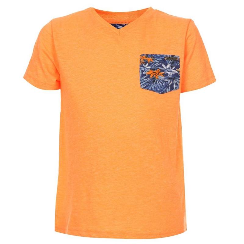 ФутболкаФутболка оранжевогоцвета марки Mayoralдля мальчиков.<br>Хлопковая футболка с короткимрукавом и V-образным вырезом выполнена в насыщенном цвете и дополнена карманом темно-синего цвета с цветочным принтом.<br><br>Размер: 4 года<br>Цвет: Оранжевый<br>Рост: 104<br>Пол: Для мальчика<br>Артикул: 640946<br>Страна производитель: Бангладеш<br>Сезон: Весна/Лето<br>Состав: 65% Полиэстер, 35% Хлопок<br>Бренд: Испания