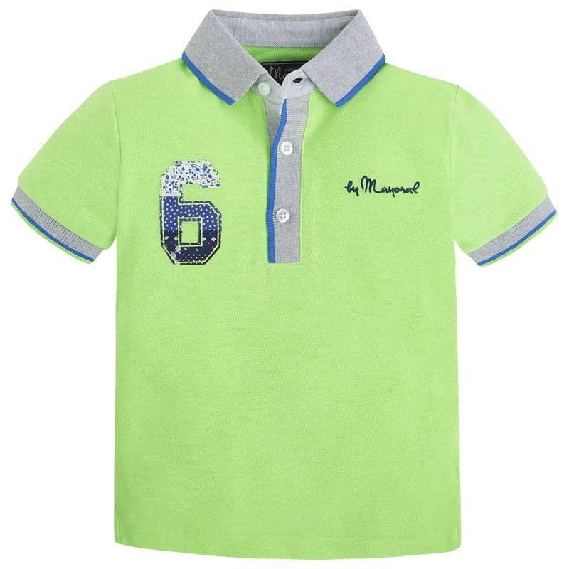 Рубашка-полоРубашка-полозеленогоцвета марки Mayoralдля мальчиков.<br>Хлопковое поло с коротким рукавом выполнено из ткани пике. Модель декорирована контрастными воротничком и окантовкой, а также стильными нашивками.<br><br>Размер: 7 лет<br>Цвет: Зеленый<br>Рост: 122<br>Пол: Для мальчика<br>Артикул: 643815<br>Страна производитель: Индия<br>Сезон: Весна/Лето<br>Состав: 65% Полиэстер, 35% Хлопок<br>Бренд: Испания<br>Вид застежки: Пуговицы
