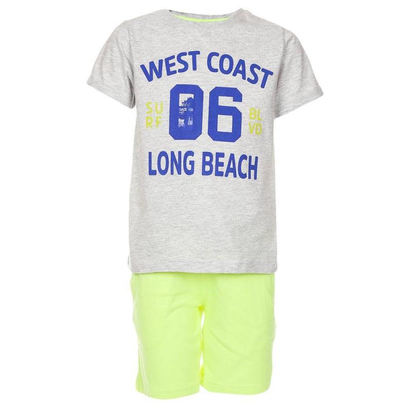 КомплектКомплект футболка+шортыжелтогоцвета марки Mayoralдля мальчиков.<br>В комплект входят хлопковые футболка и шорты. Футболка с коротким рукавом выполнена в серомцвете и украшена принтом с синей надписью. Яркиешорты с удобной резинкой на поясе дополнены карманами.<br><br>Размер: 3 года<br>Цвет: Желтый<br>Рост: 98<br>Пол: Для мальчика<br>Артикул: 641406<br>Страна производитель: Индия<br>Сезон: Весна/Лето<br>Состав верха: 98% Хлопок, 2% Полиэстер<br>Состав низа: 65% Полиэстер, 35% Хлопок<br>Бренд: Испания