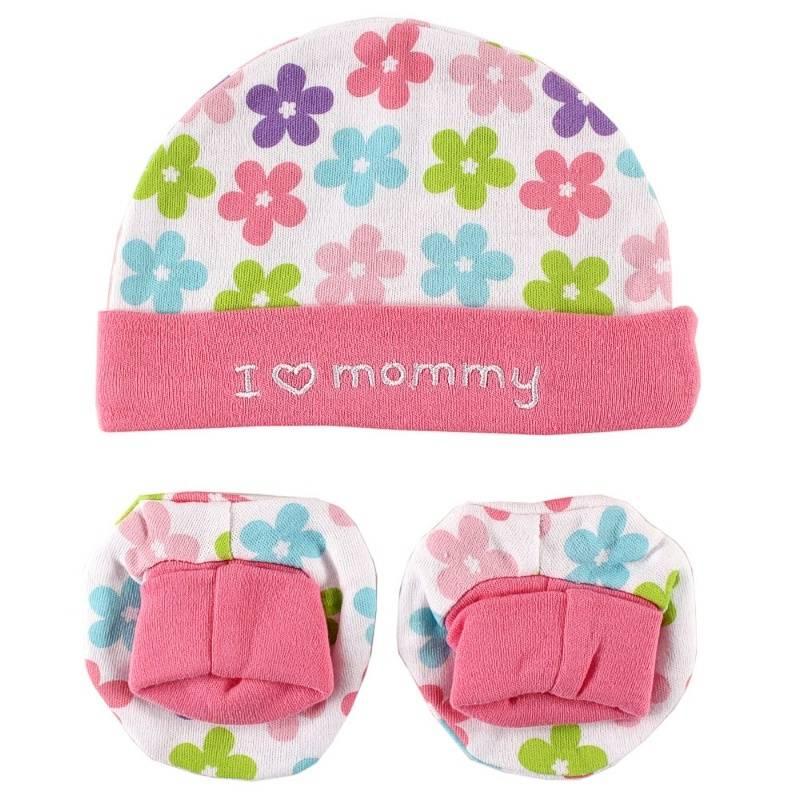 КомплектКомплект из шапочки и пинеток розовогоцвета марки LUVABLE FRIENDS для девочек. Комплект выполнен из стопроцентного хлопкового трикотажа с принтом в цветочек. Шапочка с отворотом украшена вышивкой Я люблю маму.Комплект подходит для малышей до шести месяцев.<br><br>Размер: 6 месяцев<br>Цвет: Розовый<br>Рост: 68<br>Пол: Для девочки<br>Артикул: 604925<br>Страна производитель: Китай<br>Сезон: Всесезонный<br>Состав: 100% Хлопок<br>Бренд: США