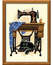 Набор для вышивания Швейная машинка РИОЛИС