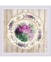 Частичная вышивка Тарелка с хризантемами Гладь РИОЛИС