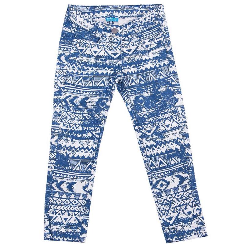 БрюкиБрюки синего цвета марки Button Blue для девочек.<br>Хлопковые зауженные джинсовые брюки декорированы стильным геометрическимпринтом идополнены карманами и шлейками для ремня.<br><br>Размер: 12 лет<br>Цвет: Синий<br>Рост: 152<br>Пол: Для девочки<br>Артикул: 636391<br>Бренд: Россия<br>Страна производитель: Бангладеш<br>Сезон: Весна/Лето<br>Состав: 75% Хлопок, 23% Полиэстер, 2% Эластан<br>Вид застежки: Молния