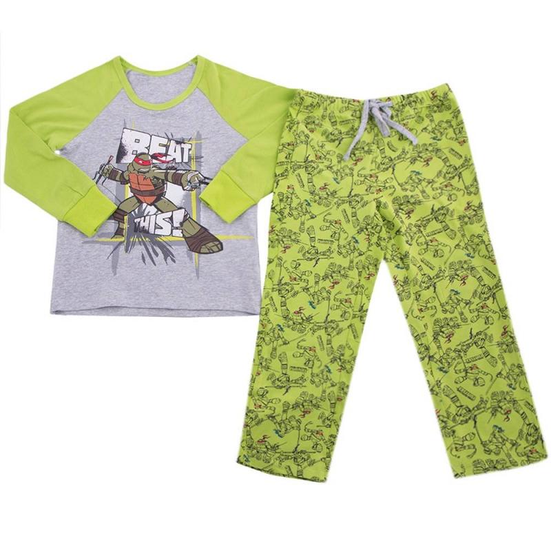 ПижамаПижама зеленого цвета марки Button Blue для мальчиков.<br>В комплекте хлопковые штаны и футболка. Штанишки зеленого цвета на завязках украшены принтом с изображением всех Черепашек Ниндзя. Футболка с длинным рукавом серо-зеленого цвета декорирована принтом с изображением Рафаэля.<br><br>Размер: 4 года<br>Цвет: Зеленый<br>Рост: 104<br>Пол: Для мальчика<br>Артикул: 636613<br>Страна производитель: Китай<br>Сезон: Всесезонный<br>Состав: 95% Хлопок, 5% Эластан<br>Бренд: Россия<br>Лицензия: Черепашки Ниндзя
