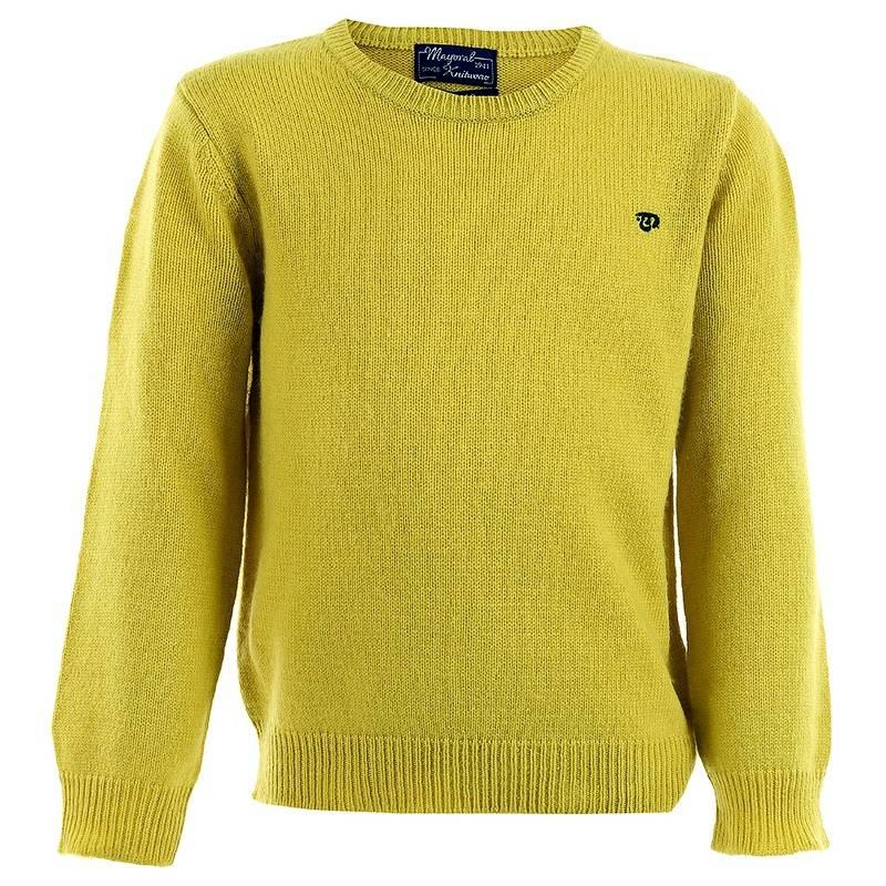 СвитерСвитер желтого цвета с кашемиром марки MAYORAL для мальчиков. Теплый мягкий свитер классического дизайна из вискозы с добавлением шерсти и кашемира. Украшен маленьким вышитым логотипом синего цвета на груди.<br><br>Размер: 5 лет<br>Цвет: Желтый<br>Рост: 110<br>Пол: Для мальчика<br>Артикул: 601439<br>Страна производитель: Камбоджа<br>Сезон: Осень/Зима<br>Состав: 40% Вискоза, 37% Полиамид, 20% Шерсть, 3% Кашемир<br>Бренд: Испания