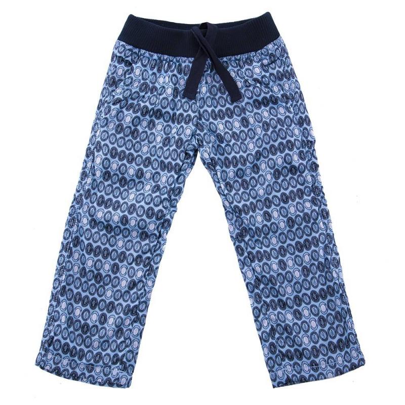 БрюкиБрюки голубого цвета марки Button Blue для девочек.<br>Утепленные брюки декорированы стильным принтом и имитацией ширинки. Модель на подкладке, дополнена передними и задними карманами, а также поясом на резинке с завязками на внутренней стороне.<br><br>Размер: 10 лет<br>Цвет: Голубой<br>Рост: 140<br>Пол: Для девочки<br>Артикул: 633539<br>Страна производитель: Китай<br>Сезон: Осень/Зима<br>Состав: 100% Полиэстер<br>Состав подкладки: 100% Полиэстер<br>Бренд: Россия