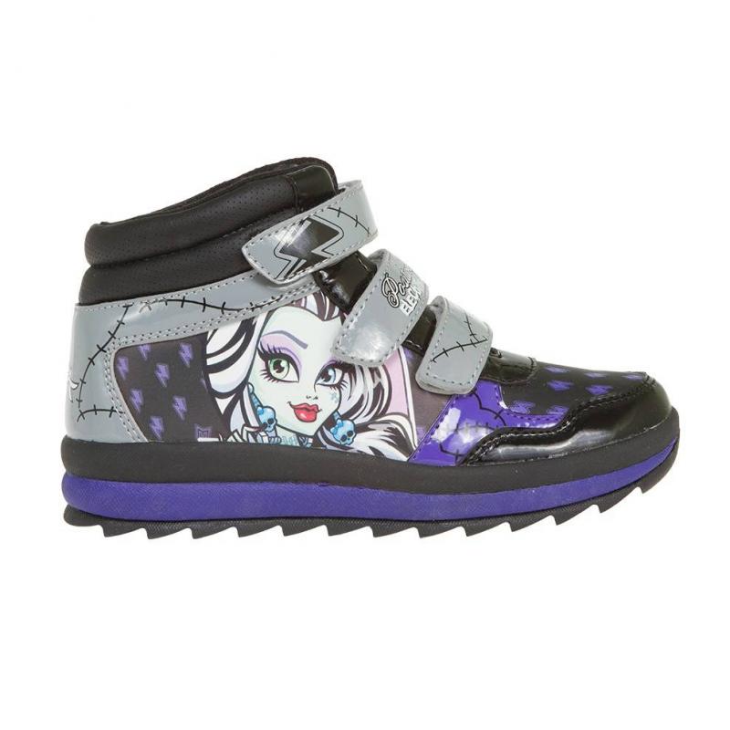КроссовкиКроссовки черногоцвета с рисунком Monster High марки Kakadu для девочек. Кроссовки выполнены из качественной искусственной кожи, имеют прочную и гибкую подошву с протектором, застегиваются на липучки.<br>Яркая расцветка, стильный принт и вставки на модели – всё это очень нравится юным модницам.<br><br>Размер: 33<br>Цвет: Черный<br>Пол: Для девочки<br>Артикул: 644627<br>Страна производитель: Китай<br>Сезон: Весна/Лето<br>Материал верха: Искусственная кожа<br>Материал подкладки: Текстиль<br>Материал подошвы: ТПР (термопластичная резина)<br>Лицензия: Monster High