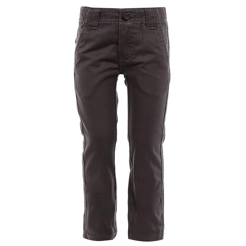 БрюкиБрюки темно-серого цвета марки Button Blue для мальчиков.<br>Хлопковые джинсовые брюки прямого покроя, дополнены карманами и шлевками для ремня.<br><br>Размер: 3 года<br>Цвет: Темносерый<br>Рост: 98<br>Пол: Для мальчика<br>Артикул: 633586<br>Бренд: Россия<br>Страна производитель: Бангладеш<br>Сезон: Весна/Лето<br>Состав: 100% Хлопок<br>Вид застежки: Молния
