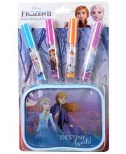 Игровой набор Frozen детской декоративной косметики для губ Markwins