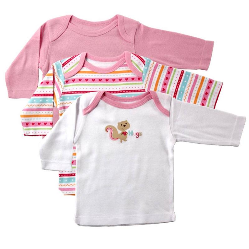 КомплектКомплект из трех футболок с длинным рукавом розовогоцвета марки LUVABLE FRIENDS для девочек. Комплект выполнен из стопроцентного хлопкового трикотажа рибана разной расцветки. Специальный крой плечиков облегчает переодевание малыша.<br><br>Размер: 3 месяца<br>Цвет: Розовый<br>Рост: 62<br>Пол: Для девочки<br>Артикул: 604967<br>Бренд: США<br>Страна производитель: Индия<br>Сезон: Всесезонный<br>Ткань: Рибана<br>Состав: 100% Хлопок