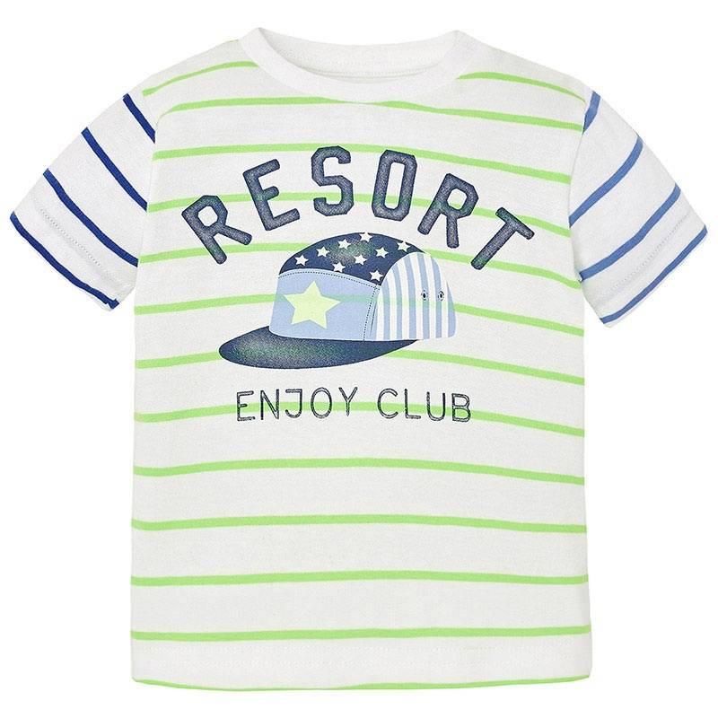 ФутболкаФутболка зеленогоцвета марки Mayoralдля мальчиков.<br>Хлопковая футболка с коротким рукавом украшена разноцветными полосками, а также стильным принтом с изображением кепки. Модель дополнена кнопками на плече для удобства переодевания малыша.<br><br>Размер: 9 месяцев<br>Цвет: Зеленый<br>Рост: 74<br>Пол: Для мальчика<br>Артикул: 646501<br>Страна производитель: Индия<br>Сезон: Весна/Лето<br>Состав: 89% Хлопок, 11% Полиэстер<br>Бренд: Испания<br>Вид застежки: Кнопки