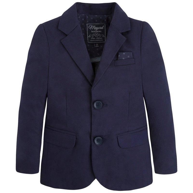 ПиджакПиджак темно-синего цвета марки Mayoralдля мальчиков.<br>Стильный хлопковый пиджак классического кроя украшен нагрудным кармашком с декоративным платочком. Пиджак с передними карманами застегивается на пуговицы.<br><br>Размер: 6 лет<br>Цвет: Темносиний<br>Рост: 116<br>Пол: Для мальчика<br>Артикул: 646630<br>Страна производитель: Марокко<br>Сезон: Весна/Лето<br>Состав: 97% Хлопок, 3% Эластан<br>Бренд: Испания<br>Вид застежки: Пуговицы