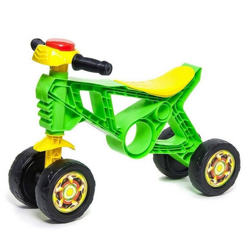 Каталка СамоделкинКаталкаСамоделкин зеленогоцвета маркиRT.<br>Яркая стильная и облегченная каталка оснащена четырьмяустойчивыми колесами, обеспечивающими равновесие малышам, если они еще его не умеют удерживать. Передние колеса поворачиваются по направлению руля. Эргономичное удобное сиденье идеально подойдет для детей от1 года. Вся конструкция надежна и безопасна, выполнена из пластика. Руль оснащен клаксоном.<br>Благодаря такой каталке ребенок научится держать равновесие и отталкиваться ножками, а также весело проведет время на прогулке. Для удобства транспортировки есть специальное отверстие в корпусе каталки.<br>Размер изделия: 57х40х19 см.<br>Размер упаковки: 57х40х19 см.<br>Максимальная нагрузка: 20 кг.<br>Вес: 1кг.<br><br>Цвет: Зеленый<br>Возраст от: 12 месяцев<br>Пол: Не указан<br>Артикул: 650313<br>Бренд: Россия<br>Размер: от 12 месяцев