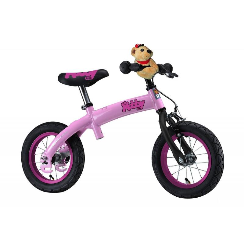 Велобалансир-велосипед Hobby-bike RT original ALU New 2016 PinkВелобалансир-велосипедHobby-bike RT original ALU New 2016 Pinkмарки RT для девочек.<br>Велобалансир-велосипедHobby-bike выполнен в новом дизайне. У модели новые красивые переливающиесяанодированные обода, перламутровая покраска. Резиновые колеса обеспечат хорошуюамортизацию и проходимость, а за безопасность отвечает ручной тормоз.Вся система педалей устанавливается легко и также снимается. Без педалей ребенок сможет учиться держать равновесие. Есть возможность регулировать раму по высоте, а также можно регулировать высоту руля и сиденья.<br>Велобалансир-велосипедHobby-bike поможет ребенку и держать равновесие, следить за координацией, а также с этой моделью ребенок научится ездить на велосипеде. Прогулка на улице никогда не будет скучной и однообразной.<br>Модель подходи для детей от 2 лет.<br>Размер изделия: 53х36х89 см.<br>Размер упаковки:75х37х16,5 см.<br>Высота сиденья: минимальная40-45см, а максимальная50см.<br>Максимальная нагрузка: 40 кг.<br><br>Цвет: Розовый<br>Возраст от: 2 года<br>Пол: Для девочки<br>Артикул: 650301<br>Бренд: Россия<br>Размер: от 2 лет