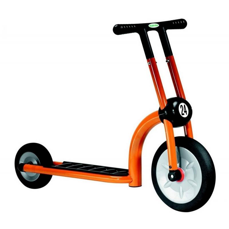 Italtrike Самокат Динамик самокат 2 х колесный italtrike 200 11 скутер динамик двухколесный оранжевый