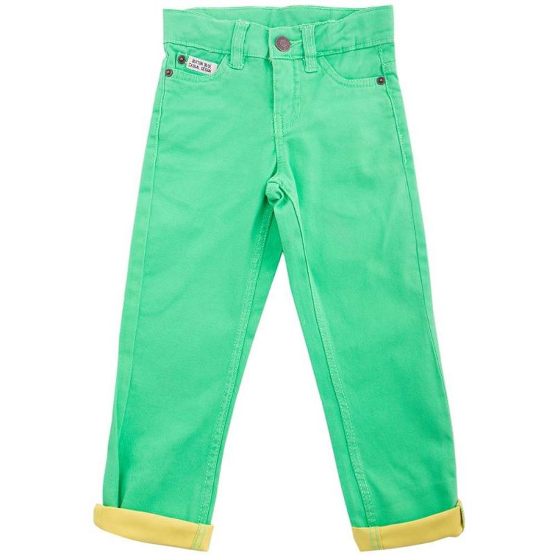 БрюкиБрюки салатовогоцвета маркиButton Blue длямальчиков.<br>Яркие брюки выполнены из плотного хлопка, застёгиваются на молнию и пуговицу. Модель декорирована контрастными отворотами, нашивками с названием бренда, а также дополнена карманами. Брюкиимеют шлёвки для ремня и регулируемую кулиску на талии.<br><br>Размер: 9 лет<br>Цвет: Салатовый<br>Рост: 134<br>Пол: Для мальчика<br>Артикул: 636043<br>Страна производитель: Бангладеш<br>Сезон: Весна/Лето<br>Состав: 99% Хлопок, 1% Эластан<br>Бренд: Россия