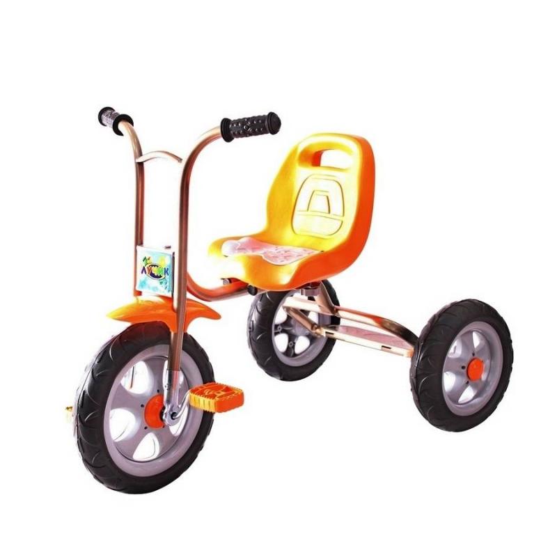 Велосипед трехколесный Galaxy ЛучикВелосипед трехколесный Galaxy Лучик оранжевогоцвета марки RT.<br>Яркий солнечный трехколесный велосипедGalaxy Лучиклегкий и прост в конструкции.Облегченная металлическая рама, покрытая порошковой краской,придает надежность и продлевает срок службы. Модель оснащена бесшумными устойчивыми полиуретановыми колесами, эргономичным сиденьем и удобным рулем с мягкими ручками. Благодаря такой модели велосипеда Ваш ребенок весело и с пользой проведет время.<br>Размер велосипеда:76х46х59 (от пола до руля) /34 (до сиденья)см.<br>Размер колес: переднее- 10дюймов, заднее- 8дюймов.<br>Размер упаковки:51х33х45см.<br>Максимальная нагрузка 30 кг.<br>Вес: 5 кг.<br>Рекомендуется для детей от 1,5 года.<br><br>Цвет: Оранжевый<br>Возраст от: 18 месяцев<br>Пол: Не указан<br>Артикул: 650453<br>Бренд: Россия<br>Размер: от 18 месяцев