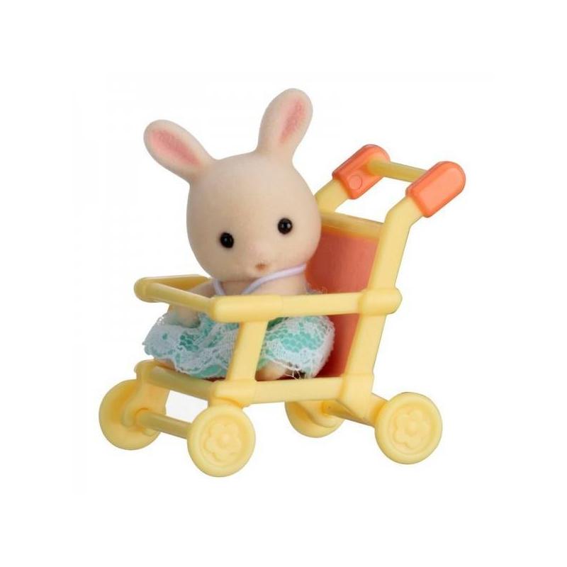 Набор Кролик в коляскеНабор Кролик в коляске серии Младенец в пластиковом сундучке марки Sylvanian Families.<br>В набор входит: фигурка кролика в милой одежде, прогулочная коляска.<br><br>Возраст от: 3 года<br>Пол: Для девочки<br>Артикул: 653120<br>Страна производитель: Китай<br>Бренд: Япония<br>Размер: от 3 лет