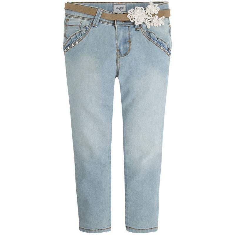 ДжинсыДжинсы голубогоцвета марки Mayoral для девочек.<br>Хлопковые зауженные джинсы декорированы имитацией передних карманов с оборками и дополнены функциональными задними карманами. В комплекте имеется стильный пояс бежевого цвета, выгодно подчеркнутый нежным кружевом.<br><br>Размер: 6 лет<br>Цвет: Голубой<br>Рост: 116<br>Пол: Для девочки<br>Артикул: 647435<br>Страна производитель: Индия<br>Сезон: Весна/Лето<br>Состав: 98% Хлопок, 2% Эластан<br>Бренд: Испания<br>Вид застежки: Молния