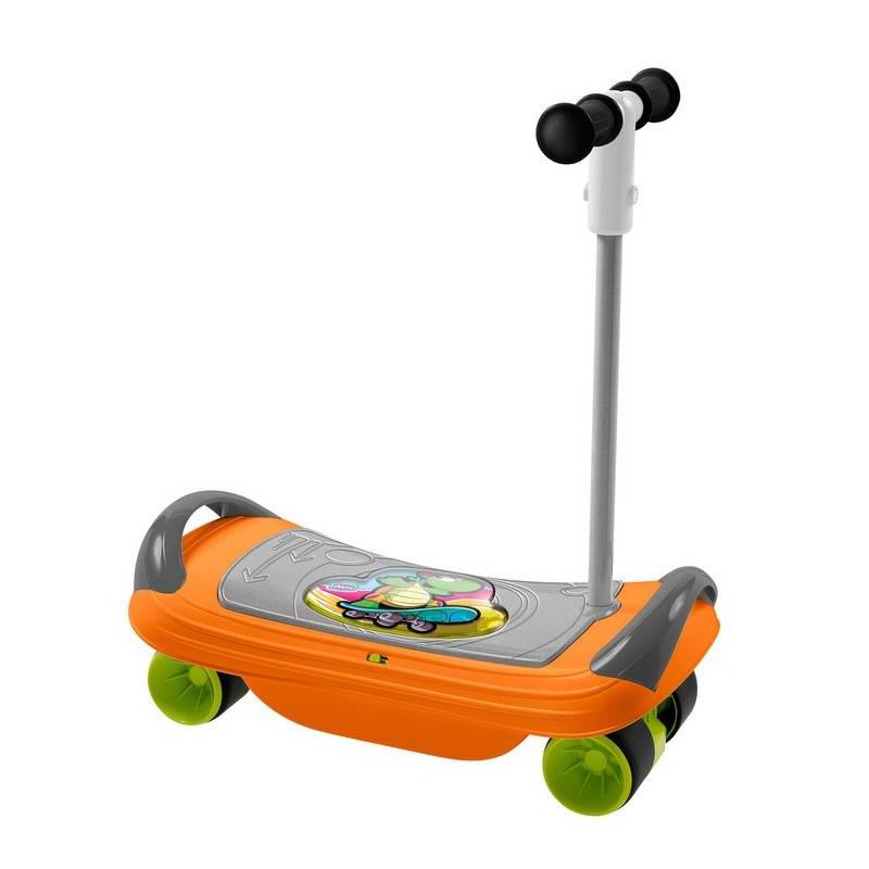 Скейтборд BalansKateСкейтборд BalansKate серииFit&amp;FunмаркиChicco.<br>Детский транспорт 3 в 1 для каждой стадии развития вашего малыша. Для детей 18 месяцев используется в качестве баланс-борда, обладающего звуковыми эффектами для безопасного развития навыков балансирования. В 2 года баланс-борд можно превратить в самокат, а в 3 года он становится скейтбордом для скоростных гонок. Разнообразные звуковые эффекты, сопровождающие игру, понравятся малышу.<br>Сначала можно учиться балансировать сидя, а когда малыш немного привыкнет, усложнить задачу и предложить ему научиться сохранять равновесие стоя, раскачиваясь из стороны в сторону. Играть с Balanskate одно удовольствие, с ним не только весело, но и полезно, так как он поможет научиться сохранять равновесие и лучше владеть своим телом.<br><br>Возраст от: 18 месяцев<br>Пол: Не указан<br>Артикул: 653459<br>Бренд: Италия<br>Размер: от 18 месяцев