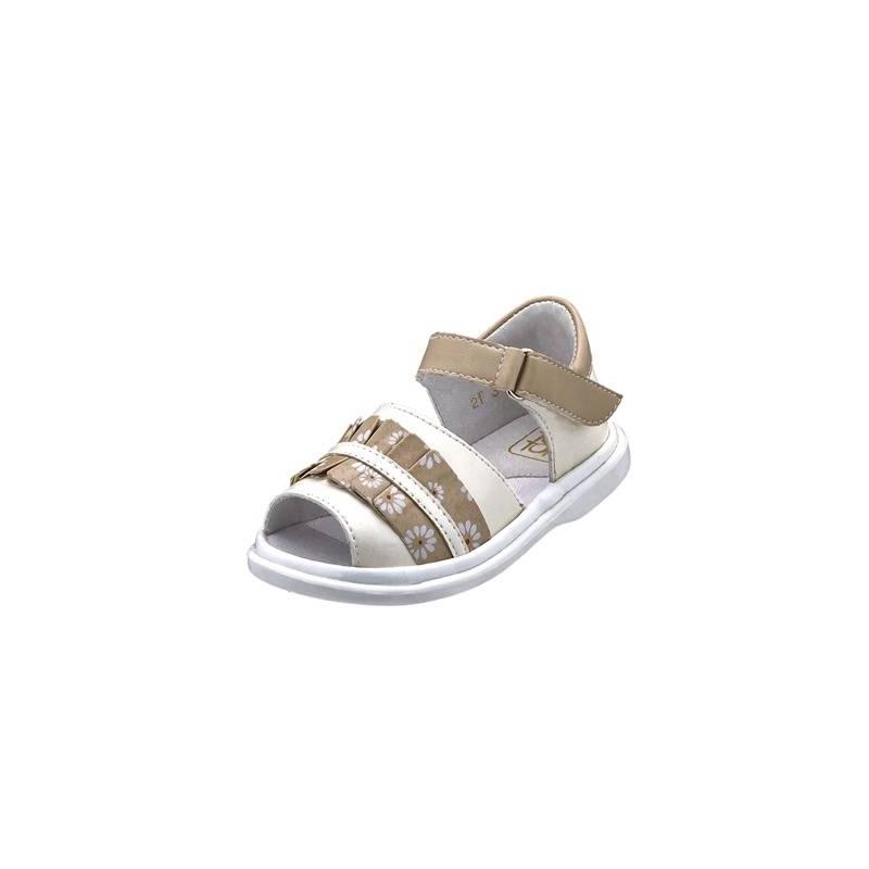 СандалетыСандалеты молочногоцвета марки Топ-Топдлядевочек.<br>Стильные сандалеты на липучке выгодно подчеркнуты вставками бежевогоцвета, а также рюшей с изображениями ромашек.Подошва из ТЭП легкая и упругая,такжеимеет высокую стойкость к истиранию, такая обувь прослужит долго. Стелька из натуральной кожи позволяет ножкам дышать и отличается исключительной мягкостью.<br><br>Размер: 21<br>Цвет: Бежевый<br>Пол: Для девочки<br>Артикул: 647647<br>Страна производитель: Россия<br>Сезон: Весна/Лето<br>Материал верха: Искусственная кожа<br>Материал стельки: Натуральная кожа<br>Материал подошвы: ТЭП (термопластик)<br>Бренд: Россия