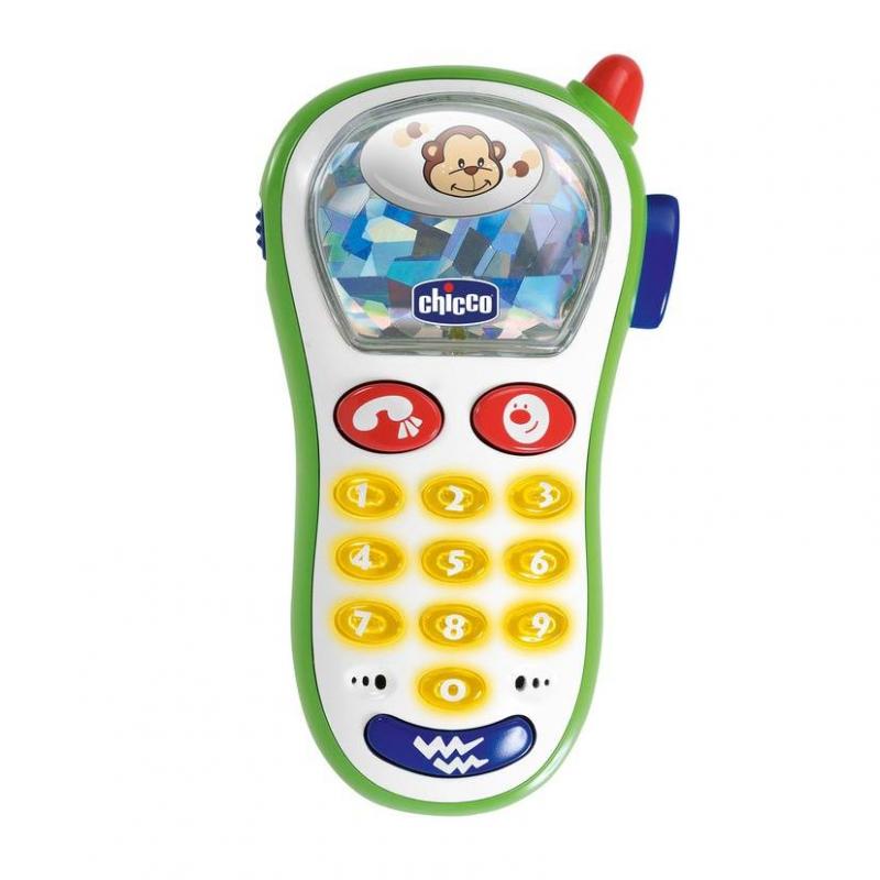 Музыкальный телефон с фотоМузыкальный телефон с фотомаркиChicco.<br>Первый маленький телефон для вашего малыша, при помощи которого он сможет делать снимки животных, выбирать рингтоны, световые и виброэффекты.<br><br>Возраст от: 6 месяцев<br>Пол: Не указан<br>Артикул: 653498<br>Бренд: Италия<br>Размер: от 6 месяцев