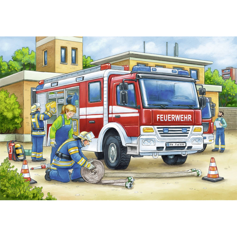 Сюжетная картинка пожарный