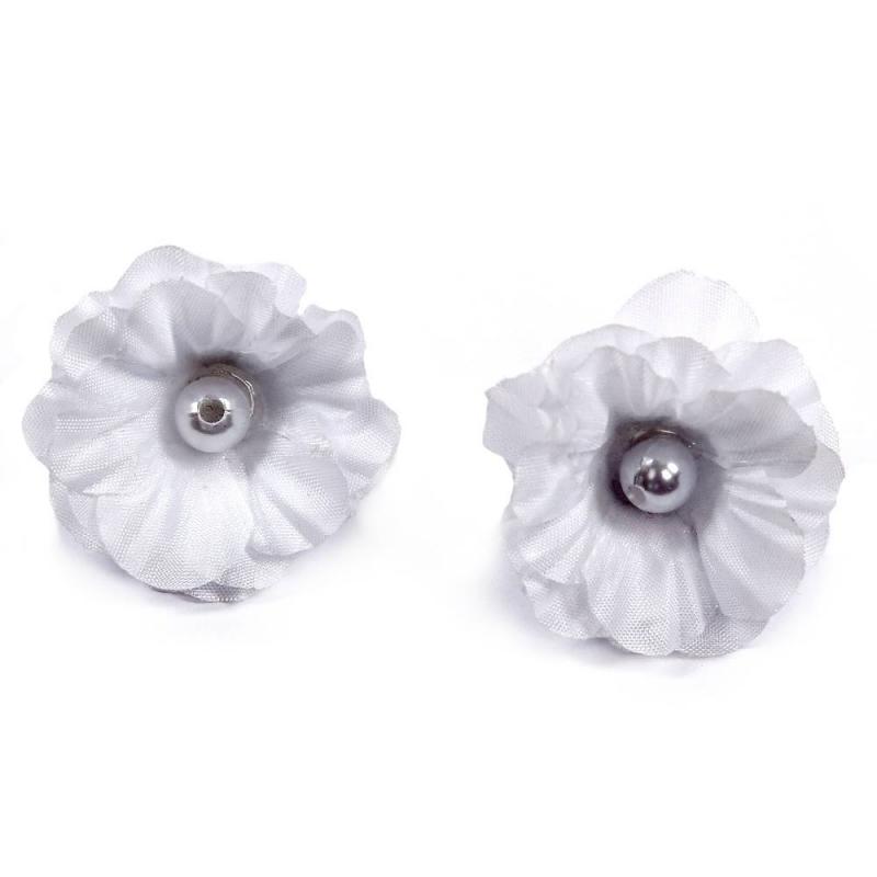Комплект резинок РозаКомплект резинок Роза 2 шт. белого цвета марки Arco Carino.<br>Набор состоит из двух резинок в форме цветка, украшенных бусинами. Стильные резинки выгодно подчеркнут любую прическу.<br>Размеродной резинки:4 см.<br><br>Цвет: Белый<br>Пол: Для девочки<br>Артикул: 647836<br>Страна производитель: Россия<br>Бренд: Россия<br>Размер: Без размера