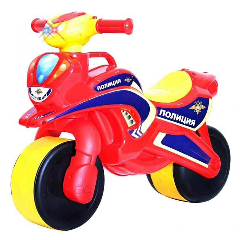 Беговел Motobike Police со светом и сигналамиБеговел Motobike Police со светом и сигналами красногоцвета марки RT.<br>Первый беговел для малышей выполнен в ярком цвете и имеет аэродинамические формы, которые оценят стильные родителям и их дети. Модель дополнена светящейся фарой и кнопками сигнала: один сигнал, как заводится мотоцикл; второй сигнал - полицейского мотоцикла.<br>Благодаря своей удобной конструкции кататься на нем смогут даже самые маленькие дети. Широкие колеса обеспечивают устойчивость и безопасность. Грамотно продуманный угол поворота руля (неполный) дает малышу безопасное маневрирование и безопасно поворачивание, не позволяя беговелу перевернуться. Проходимые колеса предназначены для любых дорог. Модель дополнена удобной ручкой для переноски.<br>Беговел изготовлен из высококачественного и экологического пластика по самым современным европейским технологиям.<br>Требуются батарейки 2хАА, в комплект не входят.<br>Максимальная нагрузка: 30 кг;<br>Размер беговела: 67х52х32 см;<br>Вес: 2 кг;<br>Высота сиденья: 31 см;<br>Ширина сиденья: 12 см;<br>Размер упаковки: 70х54х24 см.<br><br>Цвет: Красный<br>Возраст от: 18 месяцев<br>Пол: Не указан<br>Артикул: 650509<br>Бренд: Россия<br>Размер: от 18 месяцев