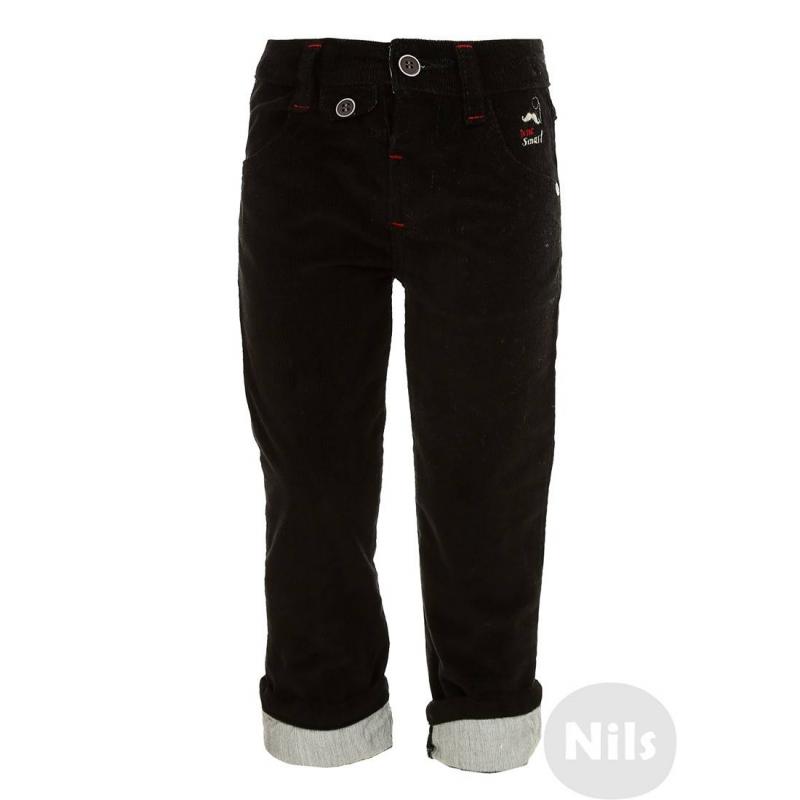 БрюкиЧерныевельветовые брюки марки NANICA для мальчиков. Брюки выполнены из мягкого плотного вельвета. Есть два кармана спереди и один задний декоративный карман. Брюки застегиваются на пуговицу. Пояс регулируется специальными пуговицами на внутренней стороне. Штанины можно подворачивать (отвороты отделаны тканью контрастного цвета)<br><br>Размер: 9 месяцев<br>Цвет: Черный<br>Рост: 74<br>Пол: Для мальчика<br>Артикул: 606934<br>Страна производитель: Турция<br>Сезон: Всесезонный<br>Состав: 100% Хлопок<br>Бренд: Турция