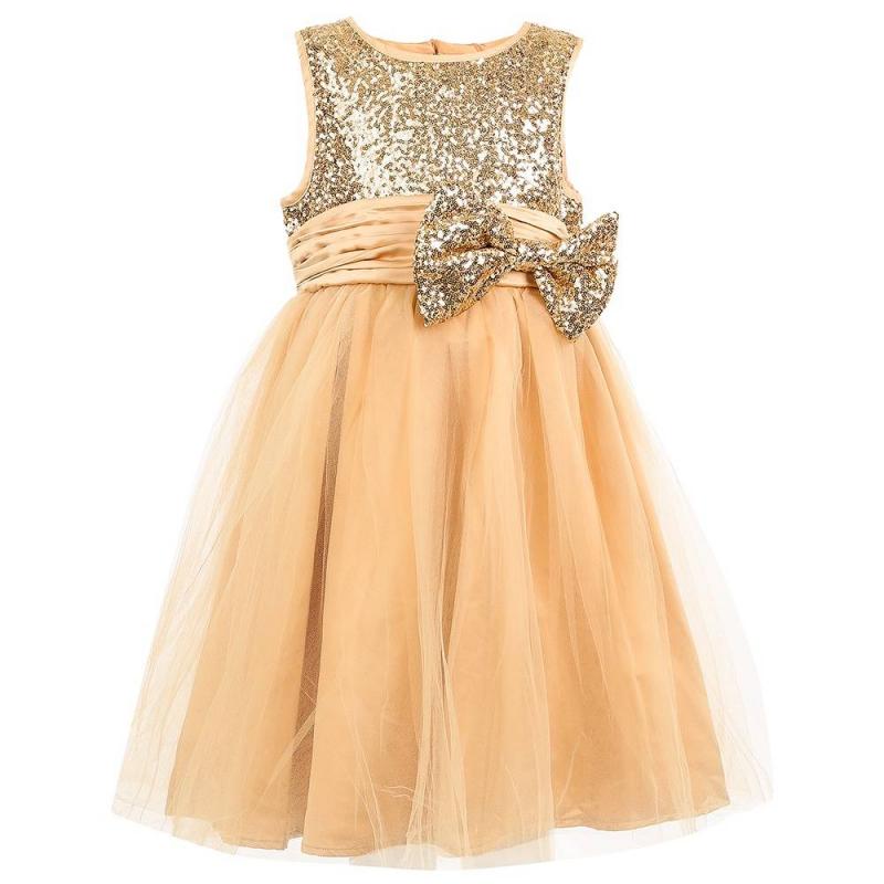 ПлатьеПлатьезолотогоцвета маркиSweet Berry.<br>Нарядное платье выполненоиз мягкой блестящей ткани, дополненоподъюбником из плотного фатина и хлопковой подкладкой. Пышная многослойная юбочка декорирована тонким нежным полупрозрачным фатином. Топ с широкими бретелями расшит пайетками золотого цвета. Широкий пояс украшен объёмным бантом, также расшитым пайетками. Платье застёгивается на потайнуюмолнию на спине.<br><br>Размер: 7 лет<br>Цвет: Золотой<br>Рост: 122<br>Пол: Для девочки<br>Артикул: 648933<br>Страна производитель: Китай<br>Сезон: Всесезонный<br>Состав верха: 100% Полиэстер<br>Состав подкладки: 100% Хлопок<br>Бренд: Россия