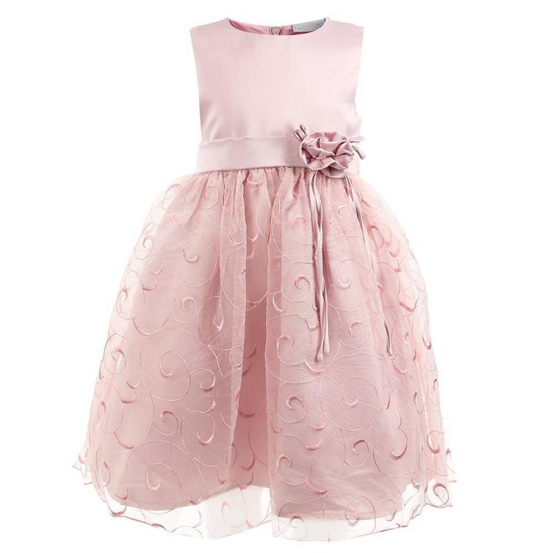 ПлатьеПлатье розовогоцвета маркиSweet Berry.<br>Праздничноеплатье выполнено из мягкой ткани, дополненоподъюбником и хлопковой подкладкой. Пышная многослойная юбочка декорирована вышивкой с витиеватым узором. Пояс украшен объёмным цветком и лентой, завязывающейся сзади в бант. Платье застёгивается на потайнуюмолнию на спине.<br><br>Размер: 8 лет<br>Цвет: Розовый<br>Рост: 128<br>Пол: Для девочки<br>Артикул: 648975<br>Страна производитель: Китай<br>Сезон: Всесезонный<br>Состав верха: 100% Полиэстер<br>Состав подкладки: 100% Хлопок<br>Бренд: Россия