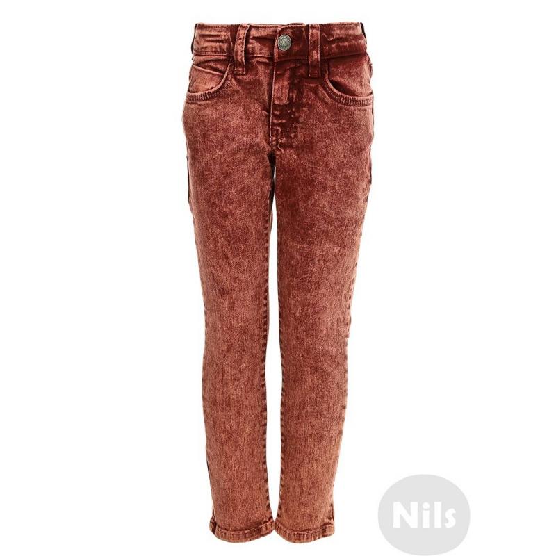 ДжинсыДжинсы красногоцвета марки NANICA для девочек. Отбеленные джинсы мараморной расцветки имеют пять карманов и регулируемый специальными пуговицами пояс. Застегиваются на молнию и пуговицу.<br><br>Размер: 8 лет<br>Цвет: Красный<br>Рост: 128<br>Пол: Для девочки<br>Артикул: 606964<br>Страна производитель: Турция<br>Сезон: Всесезонный<br>Состав: 98% Хлопок, 2% Эластан<br>Бренд: Турция