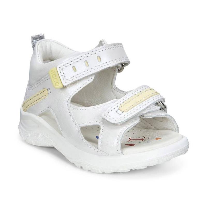 СандалииСандалиибелогоцвета марки ECCO длядевочек.<br>Стильные сандалии выполнены из натуральной кожи и украшены контрастными вставками, а также дополнены застежками на двух ремешках с липучками, которые облегчают надевание и позволяют регулировать размер. Модель с верхом из нубука плотно прилегает к стопе и имеет кожаную подкладку, создающую повышенный комфорт и позволяющую стопе дышать. Легкая, гибкая литая полиуретановая подошва обеспечивает продолжительный амортизирующий эффект и подходит для повседневной ходьбы.<br><br>Размер: 23<br>Цвет: Белый<br>Пол: Для девочки<br>Артикул: 675427<br>Страна производитель: Индонезия<br>Сезон: Весна/Лето<br>Материал верха: Натуральная кожа<br>Материал подкладки: Натуральная кожа<br>Материал стельки: ЭВА (каучук)/Натуральная кожа<br>Материал подошвы: Полиуретан<br>Бренд: Дания