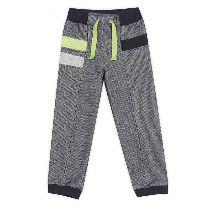 БрюкиБрюкитемно-синегоцвета марки ЁМАЁ длямальчиков.<br>Стильные брюки спортивного стиля выполнены из чистого хлопка и украшены контрастными вставками. Модель дополнена эластичной резинкой на поясе и яркой декоративной шнуровкой.<br><br>Размер: 4 года<br>Цвет: Темносиний<br>Рост: 104<br>Пол: Для мальчика<br>Артикул: 649964<br>Страна производитель: Россия<br>Сезон: Весна/Лето<br>Состав: 100% Хлопок<br>Бренд: Россия