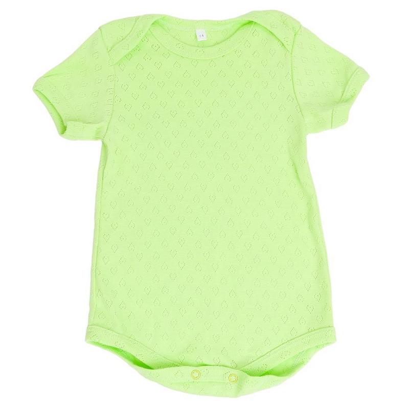 БодиБодизеленогоцвета маркиSoniKids длямалышей.<br>Боди с коротким рукавом, выполненное из чистого хлопка, декорировано выбитым геометрическим узором. Особый крой плечиков и кнопки облегчают процесс переодевания малыша.<br><br>Размер: 9 месяцев<br>Цвет: Зеленый<br>Рост: 74<br>Пол: Не указан<br>Артикул: 648151<br>Страна производитель: Россия<br>Сезон: Всесезонный<br>Состав: 100% Хлопок<br>Бренд: Россия<br>Вид застежки: Кнопки