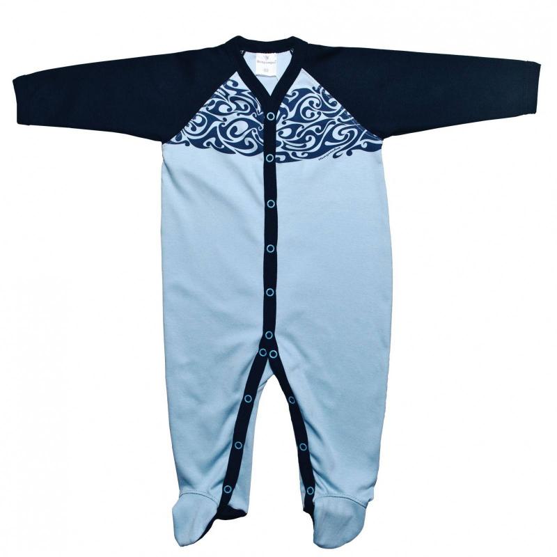 КомбинезонКомбинезон голубогоцвета марки Мамуляндия для мальчиков.<br>Комбинезон с длиннымрукавом и закрытыми ножками выполнен из чистого хлопка. Комбинезон декорирован стильным принтом, а также контрастными вставкамитемно-синего цвета. Модельзастегивается на кнопки по всей длине и шаговому шву для удобства переодевания малыша.<br><br>Размер: 12 месяцев<br>Цвет: Голубой<br>Рост: 80<br>Пол: Для мальчика<br>Артикул: 676779<br>Страна производитель: Россия<br>Сезон: Всесезонный<br>Состав: 100% Хлопок<br>Бренд: Россия<br>Вид застежки: Кнопки
