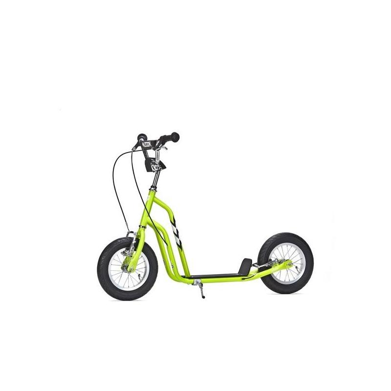 Самокат WzoomСамокат Wzoom зелёногоцвета марки YEDOO.<br>Внедорожник среди самокатов, созданный для детей ростом от 115 см. Его широкие колеса предназначены не только для города, но и для комфортной езды по бездорожью. Выдерживает нагрузку до 100 кг. Модель имеет прочный стальной корпус, отличные тормоза и нескользящие грипсы на ручках для надежного хвата.<br>Характеристики:<br>- рама: Hi-ten steel (облегченная сталь);- размер колёс: 12;- шины: надувные Innova Street;- обода: алюминиевые;- вынос: хромированная сталь диаметром 22,2 мм;- тормоза передние и задние: V-BREAK Alu C-Star;- грипсы с фиксатором для ладошек;- ширина руля: 53 см;- регулируемая высота руля: от 77 до 88 см;- длина платформы для ноги: 32 см;- длина самоката: 120 см;- максимальная нагрузка: до 100 кг;- вес: 8 кг;- дополнительно: нескользящая платформа для ног, центральная подножка;- ширина платформы: 11,5 см.<br><br>Цвет: Зеленый<br>Возраст от: 6 лет<br>Пол: Не указан<br>Артикул: 677162<br>Страна производитель: Китай<br>Бренд: Чехия<br>Размер: от 6 лет