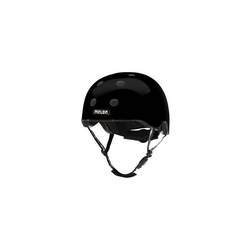 Шлем Closed EyesШлем Closed Eyesчёрногоцвета маркиMelon для мальчиков.<br>Шлем обладает рядом важных преимуществ:- Внутри шлема расположены съемные прокладки Coolmax. Они изготовлены из мягкого пенообразующего материала, что обеспечивает отличный влагообмен и гигиеническую чистоту, т.к. прокладки можно стирать при 30°С.- Шлем оснащен запатентованной системой вентиляции MACS Melon, которая состоит из воздушных каналов и 12 вентиляционных отверстий.- Для безопасной и удобной посадки шлема используется запатентованная система Spin Dial. Она представляет собой кольцо и направляющие, с помощью которых происходит идеальная регулировка посадки. Система съемная.- Внутренняя оболочка сочетает в себе повышенную ударопрочность и вместе с тем суперлегкость. Шлем оснащен интегрированными ремнями, обладающими высокой прочностью при растяжении.- Запатентованная магнитная пряжка Fidlock позволяет с легкостью застегнуть ремни шлема одной рукой.- Вес шлема 250 грамм (*без съемной системы Spin Dial).- Высокая степень безопасности достигается также при помощи светоотражающих вставок в ремнях, стикерах и логотипах на поверхности шлема.<br>Шлем выполнен в глянцевомцвете.<br>Размеры:S – окружность головы 46-52 см.L – окружность головы 52-58 см.XXL – окружность головы 58-63 см.<br><br>Цвет: Черный<br>Размер: Без размера<br>Пол: Для мальчика<br>Артикул: 677234<br>Бренд: Германия<br>Страна производитель: Китай